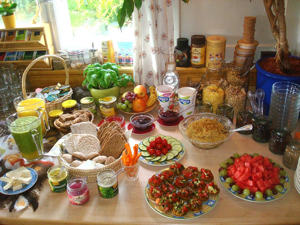 reichhaltiges Fühstücks-Angebot